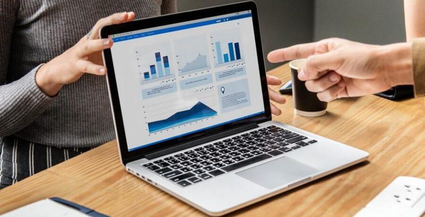 Analytics on laptop